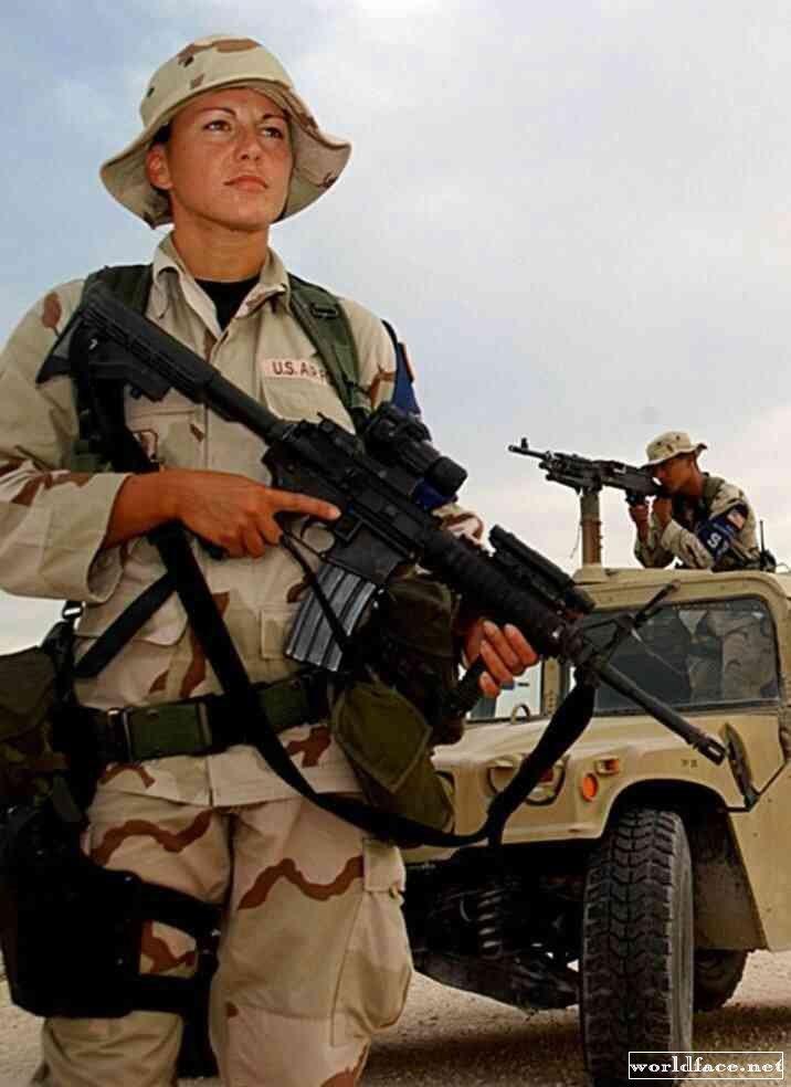 какой смысл военослужащие женщены в армии сша дровяного